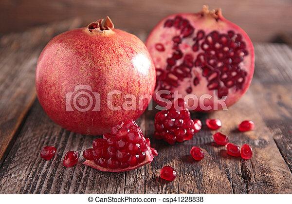 pomegranate - csp41228838