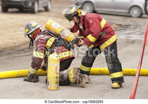 pompier - csp16963284