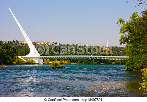pont, cadran solaire - csp13497801