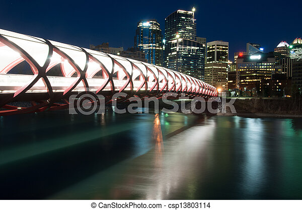 pont piétonnier - csp13803114