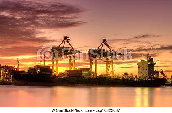 pont, récipient cargaison, fond, fonctionnement, crépuscule, grue, chantier naval, exportation, logistique, importation, bateau fret - csp10322087