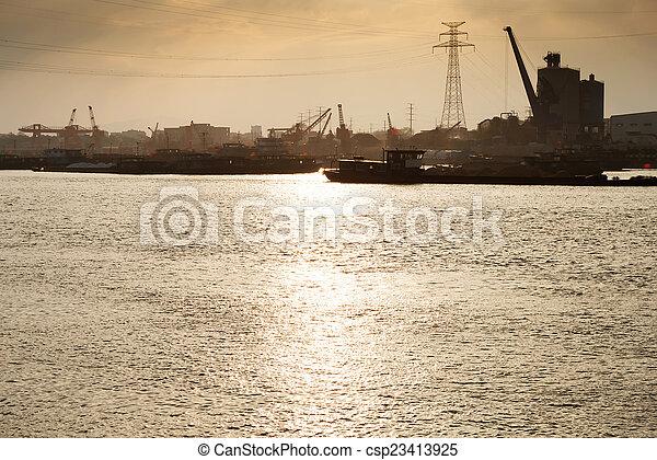 pont, récipient cargaison, fond, fonctionnement, crépuscule, grue, chantier naval, exportation, logistique, importation, bateau fret - csp23413925