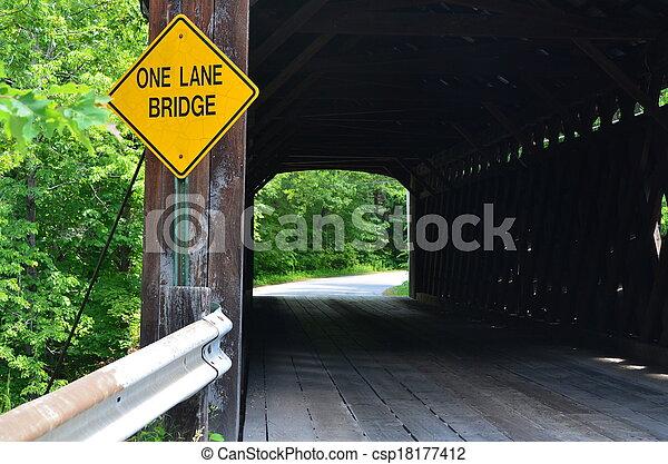 ponte coberta - csp18177412