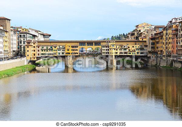 Ponte Vecchio bridge in Florence, Italy - csp9291035