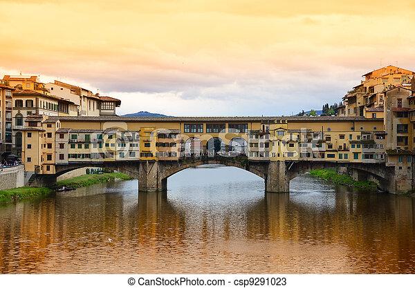 Ponte Vecchio bridge in Florence, Italy - csp9291023