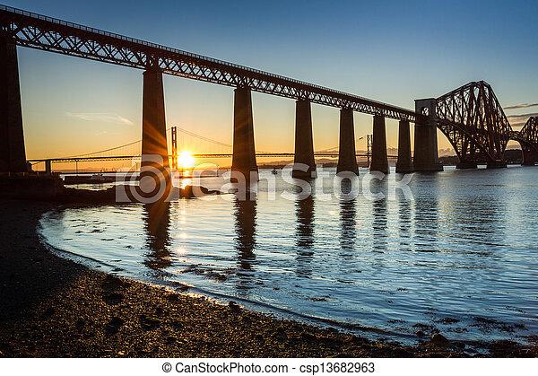 ponts, ecosse, deux, coucher soleil, entre - csp13682963