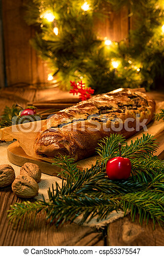 poppy cake for christmas - csp53375547