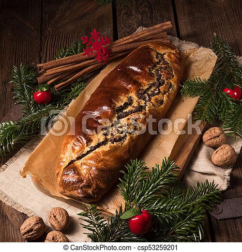 poppy cake for christmas - csp53259201