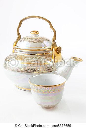 Porcelain tea pot - csp8373659