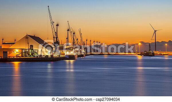 port, industriel, scène, nuit - csp27094034