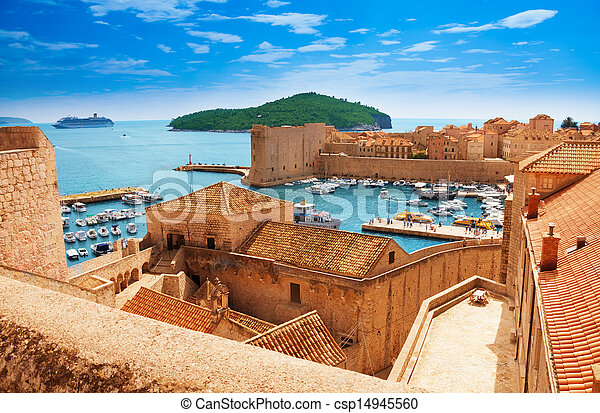 Port of Dubrovnik from the walls - csp14945560