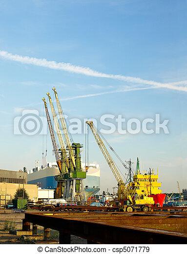 Port of Gdynia - csp5071779