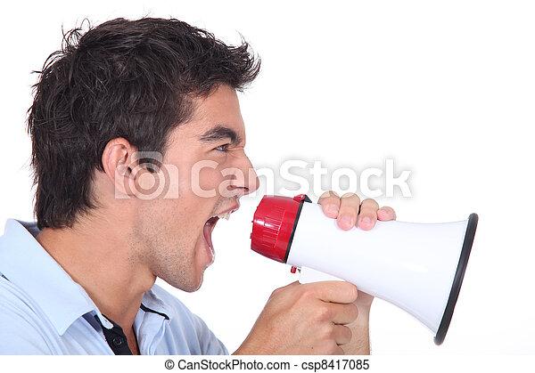 porte voix, crier, homme - csp8417085