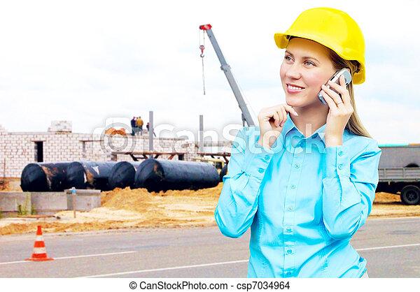 porter, bâtiment, protecteur, architect-woman, jeune, debout, casque, fond - csp7034964