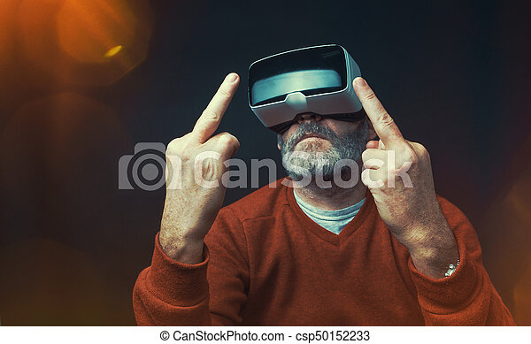 Porter homme moderne bureau business travail réalité virtuelle