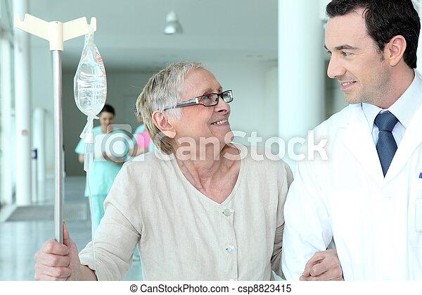 portion, mann, patient, senioren, doktor - csp8823415