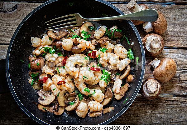 Portobello mushroom fried - csp43361897