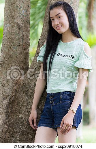 Portrait Beautiful asian woman - csp20918074