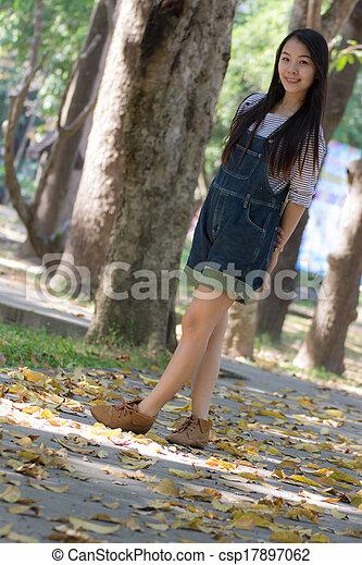 Portrait Beautiful asian woman - csp17897062