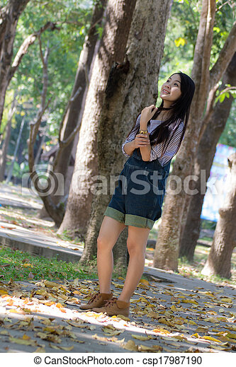 Portrait Beautiful asian woman - csp17987190