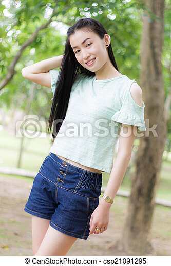 Portrait Beautiful asian woman - csp21091295