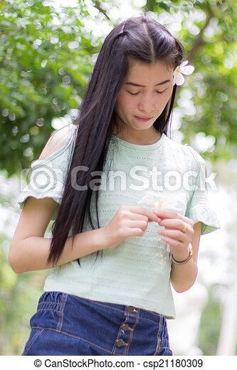 Portrait Beautiful asian woman - csp21180309