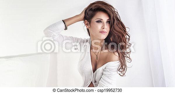portrait, brunette, dame, sexy - csp19952730