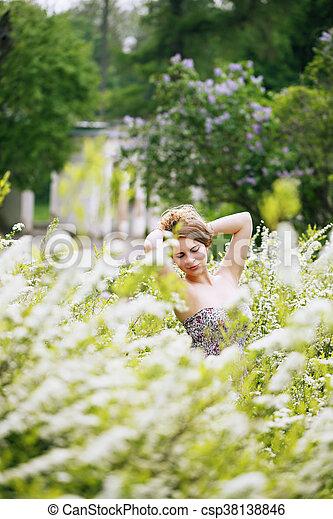 portrait, buisson, blanc, girl - csp38138846