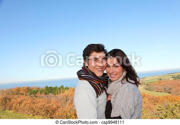 portrait, saison, couple, heureux, automne - csp9948111