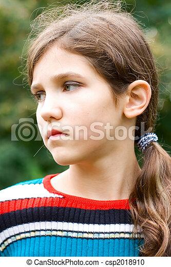 Portrait teen girl - csp2018910
