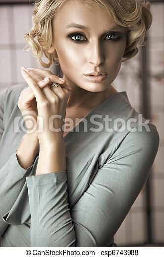 portret, blondynka, kobieta, młody - csp6743988