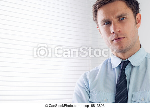 portret, elegancki, do góry szczelnie, biznesmen - csp16813893