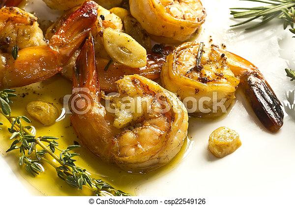 Camarones de ajo portugués - csp22549126