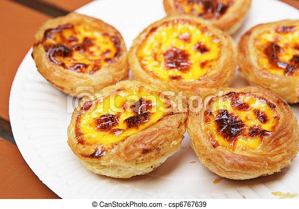 Tarta de huevo portuguesa - csp6767639