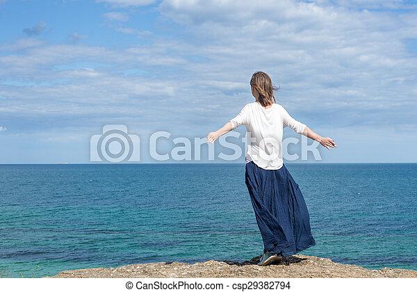 posición, mujer, playa - csp29382794