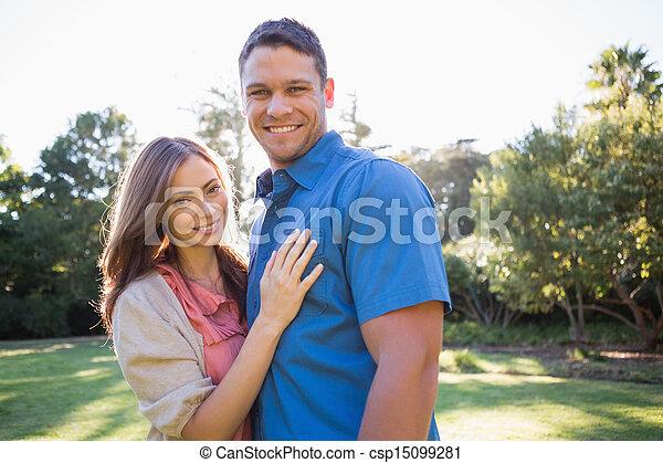 posición, pareja, parque, sonriente - csp15099281