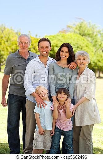 posición, parque, familia  - csp5662496