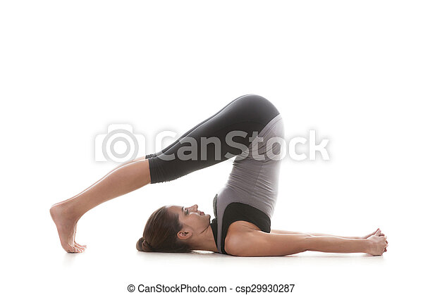 pose halasana una chica de yoga deportiva de fondo blanco