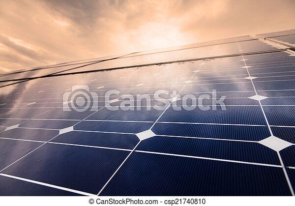 Power plant using renewable solar energy - csp21740810
