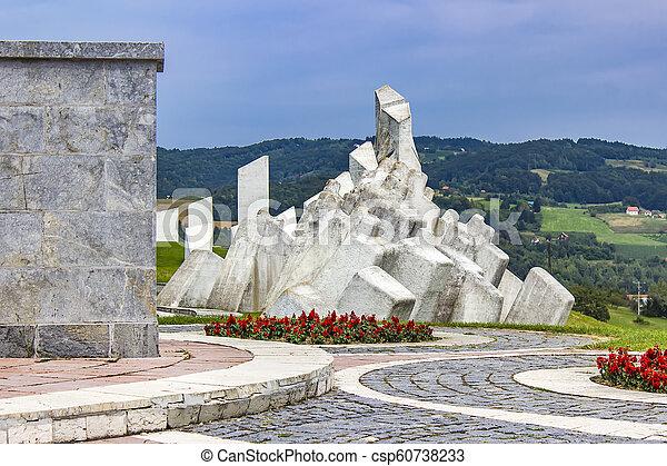 pracownicy, serbia, wojownicy, kadinjaca, pomnik, batalion - csp60738233