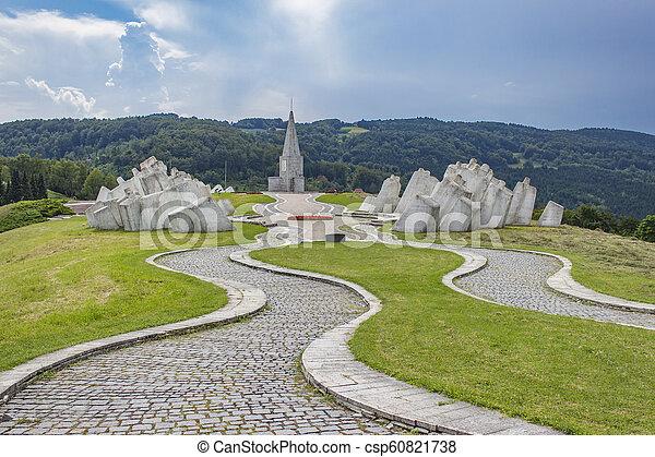 pracownicy, serbia, wojownicy, kadinjaca, pomnik, batalion - csp60821738