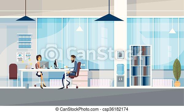 pracujące biuro, handlowy, posiedzenie, ludzie, razem, twórczy, biurko, co-working, środek - csp36182174