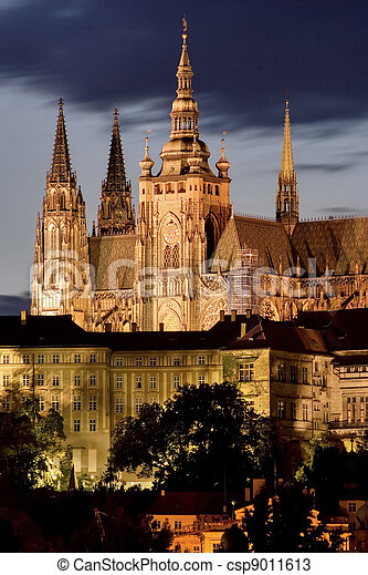 Prague Castle at night - csp9011613