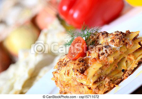 prato, lasanha, italiano - csp15711072