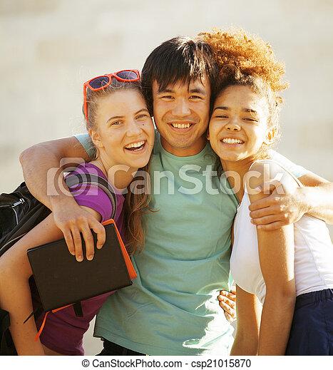 predios, cute, grupo, huggings, universidade, livros, teenages - csp21015870