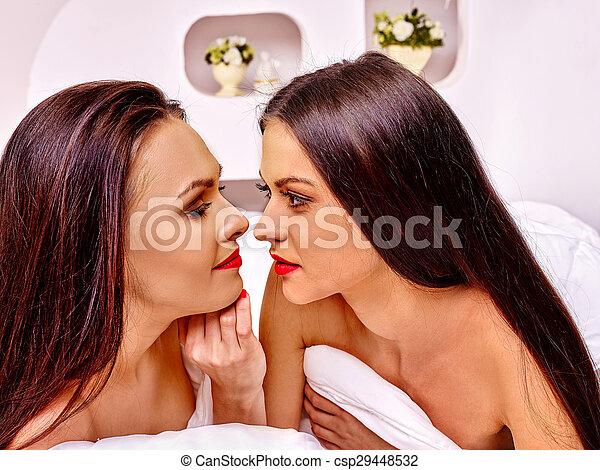caldo caldo lesbiche teen mamma sesso nastro