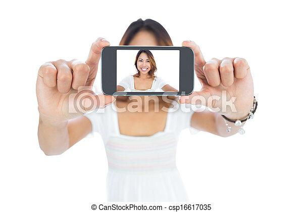 prendre, femme, selfie, asiatique, heureux - csp16617035