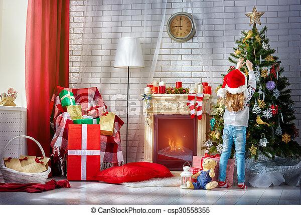 Preparándome para Navidad - csp30558355