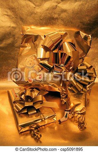 Presents - csp5091895