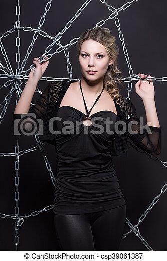 Pretty blond woman - csp39061387